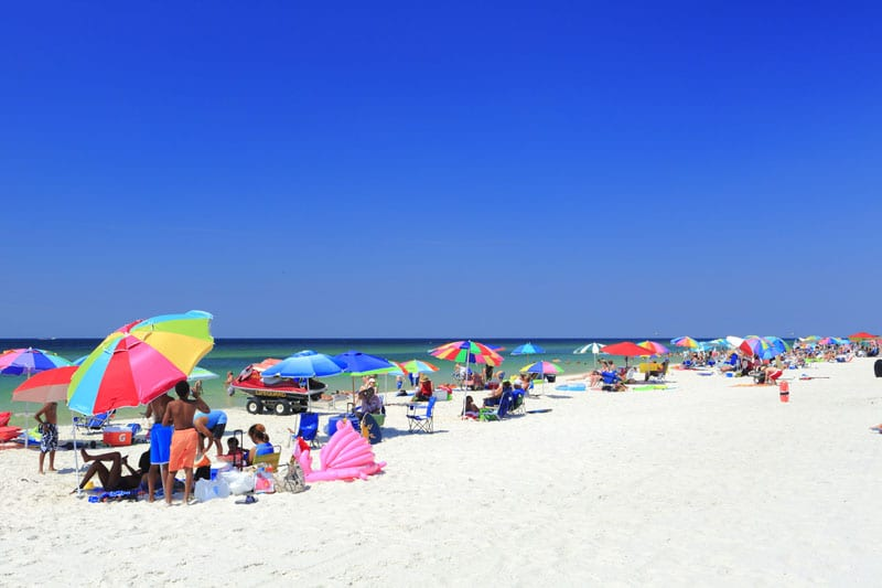The snow white beaches of Gulf Shores and Orange Beach are a magnet for families who come to relax, eat and play. http://courtlandrichards.zenfolio.com/ Copyright © 2014 Courtland William Richards All Rights Reserved