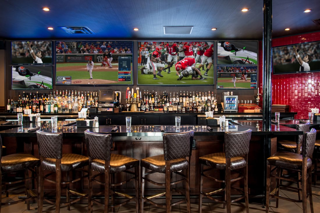 It's game on at Dantanna's, where your favorite teams are on the tube and your favorite steaks are on the menu.
