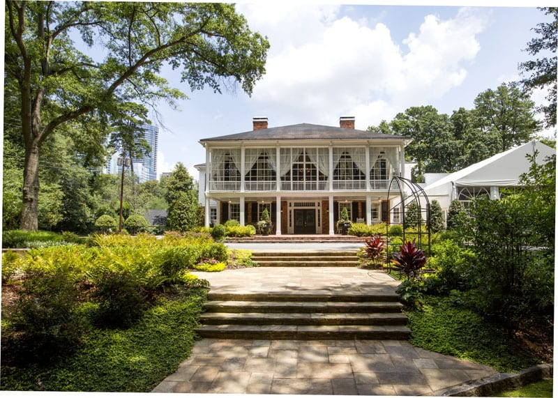 The grand entrance at The Estate in Buckhead. Photo: Atlanta Street View Inside