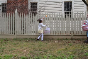 The kiddos hunt for eggs at Atlanta History Center.