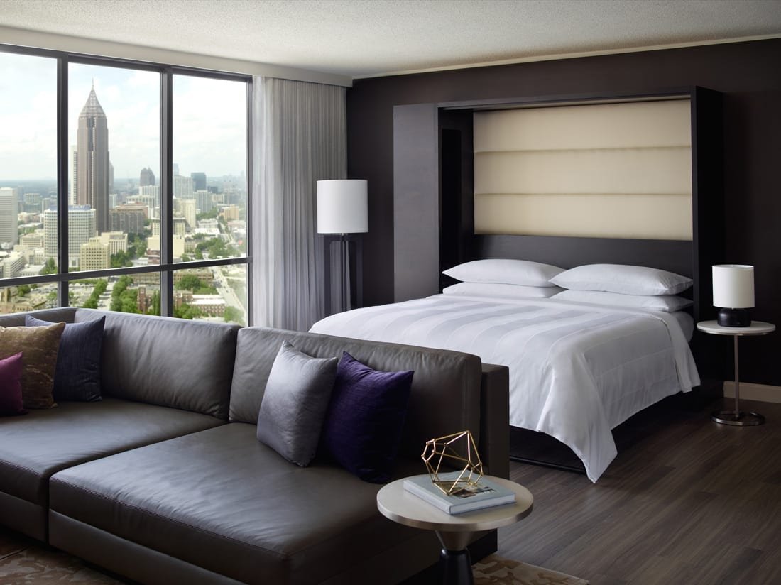 Most of the hotel's 1,663 rooms come with sweeping views.