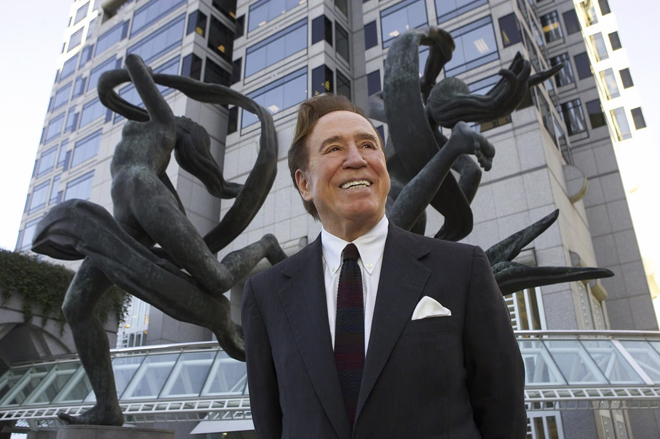 John Portman in front of a sculpture he created that stands outside SunTrust Plaza in downtown Atlanta. © 2004 Tom Hamilton; image courtesy The Portman Archives